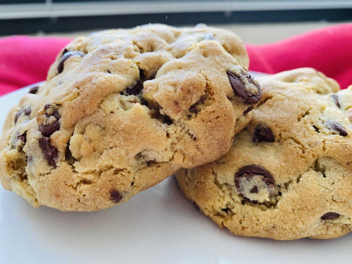Levain Chocolate Chip Walnut Cookies Bites Rights